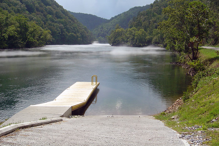 Bryson city nc public access boat ramps in the smokies for Fontana lake fishing
